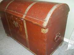 Grandma's trunk-1